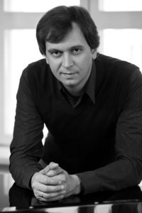 Алексей Пашиев (баритон)
